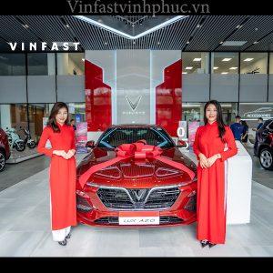 Vinfast Lux A 2.0 tiêu chuẩn